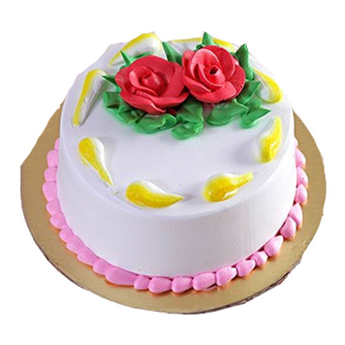 delectable-vanilla-cake-with-red-rose