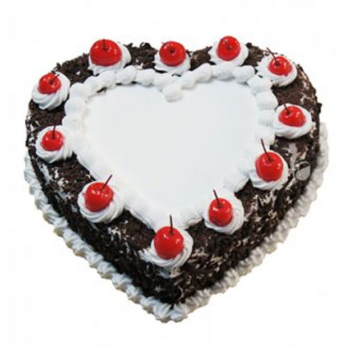 creamy-black-forest-heart-cake